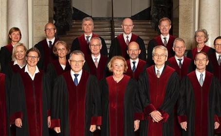 Stortingets ansvarskommisjon; Begjæring om Riksrett mot 24 dommere ved Høyesterett avlevert!