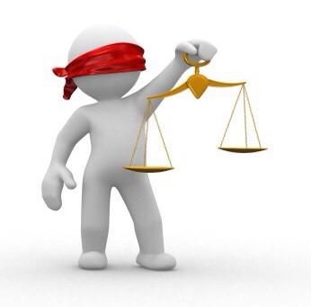 Ingen dommere vil vurdere egen habilitet!