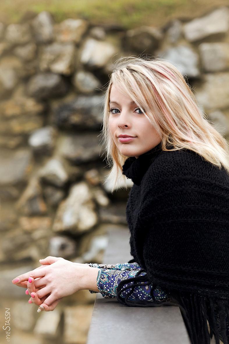 Charlotte Bealen par Yves Stassin