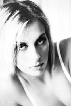 Elodie Y par Yves Stassin