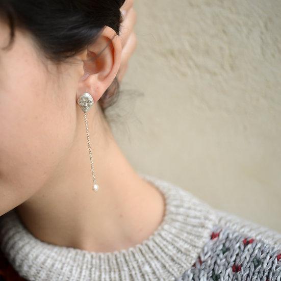 Silver Face #1 w/ Pearls Earrings