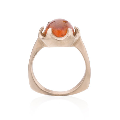 14k Gold Amber Queen Ring