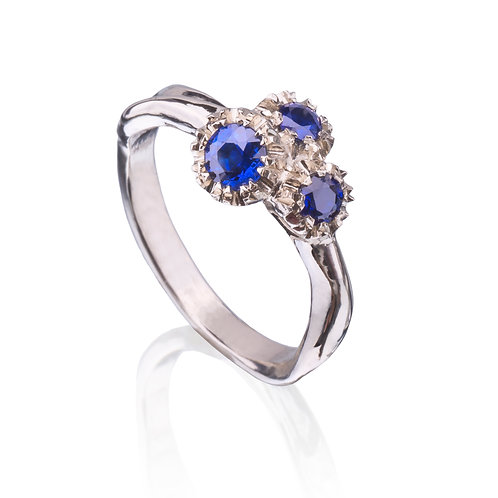 14k White Gold Sunflowers are Blue Ring w/Sapphire