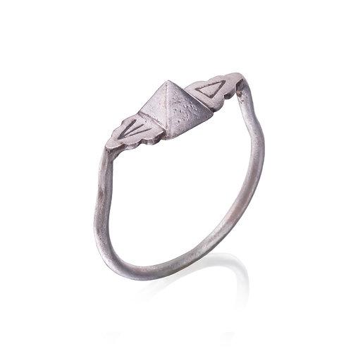 Silver Pyramid Engraved Ring