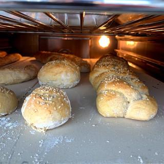Oven Cooking Bread - Content.jpg