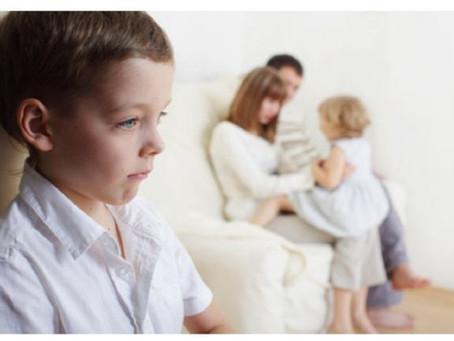 10 ESTRATEGIAS PARA SOLUCIONAR LA BÚSQUEDA DE ATENCIÓN PROBLEMÁTICA EN NIÑOS/AS