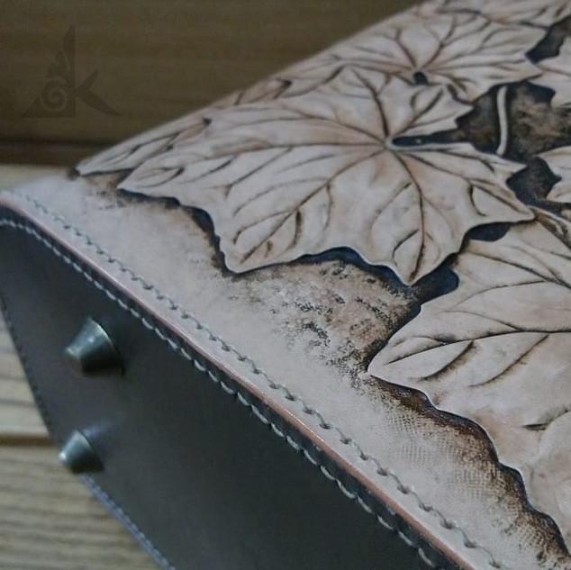 Backpack with Farfugium japonicum var. formosanum I