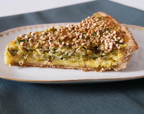 TARTE SALÉE aux poireaux, Petit Gourmaçon, sarrasin grillé