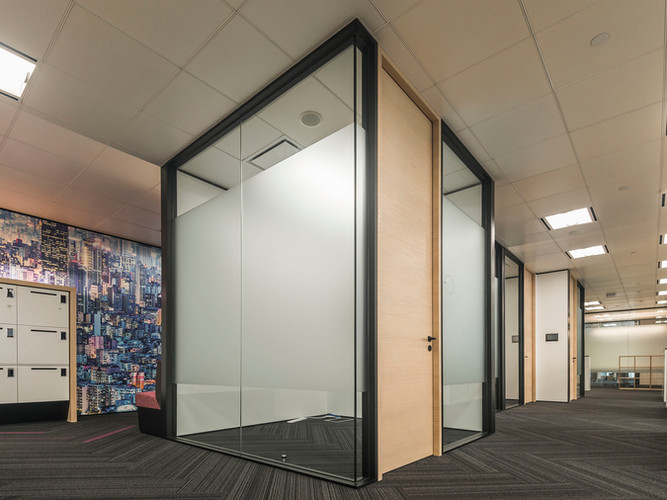 jeb-partitions-x-series-covestro-office