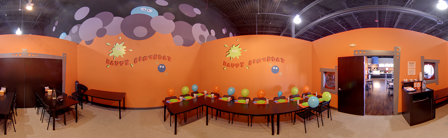 ORANGE PARTY ROOM