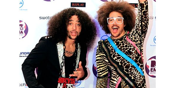 1289879-lmfao-red-carpet-emas-600.jpg
