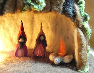 ws_gnomes_with_light4_edited.jpg