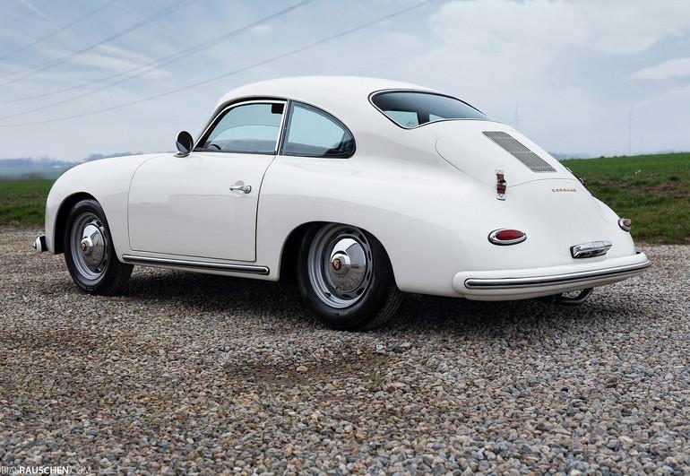 Porsche_356A_01.jpg