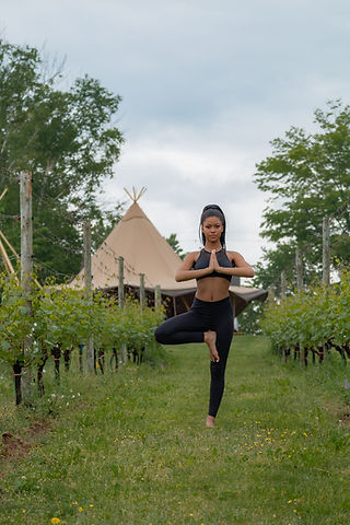 Yoga_at_Planters_Ridge-5_426-1365x2048.jpg