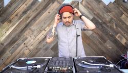 DJ Mogli