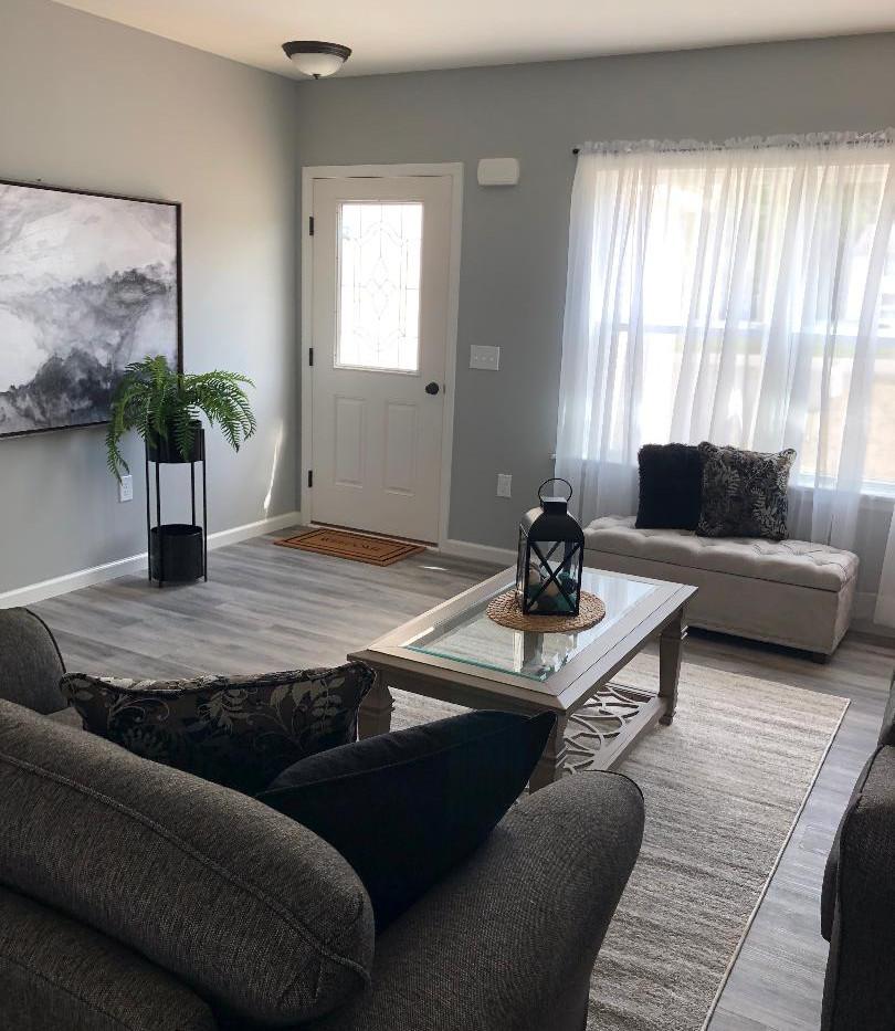 Gala 10 Living Room1