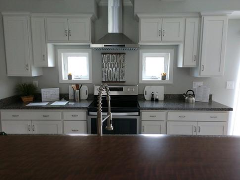 Kitchen5sm.jpg