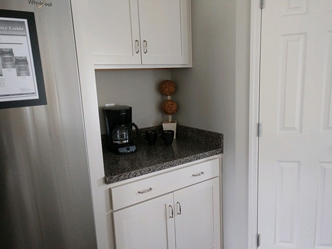 Kitchen4sm.jpg
