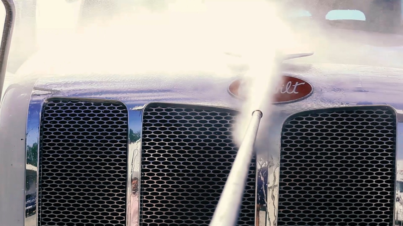 truck grill cleaning