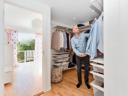 Sovehems og walk-in-closet