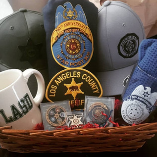 Gift basket for the Commander