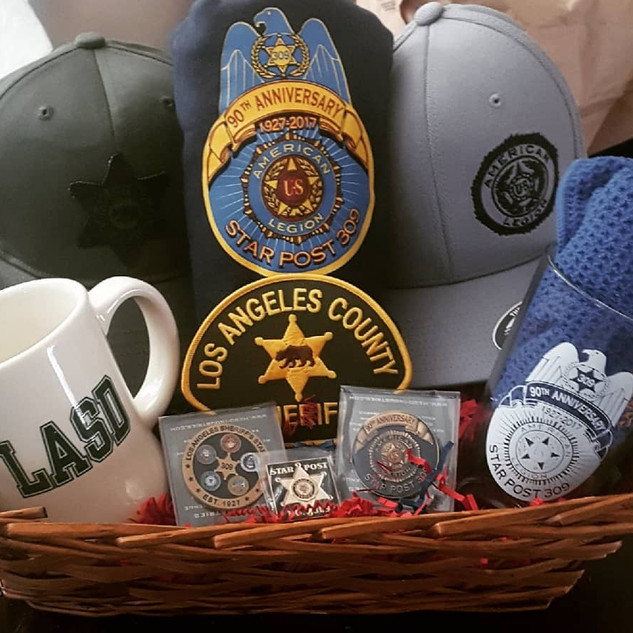 Gift basket for the Commander