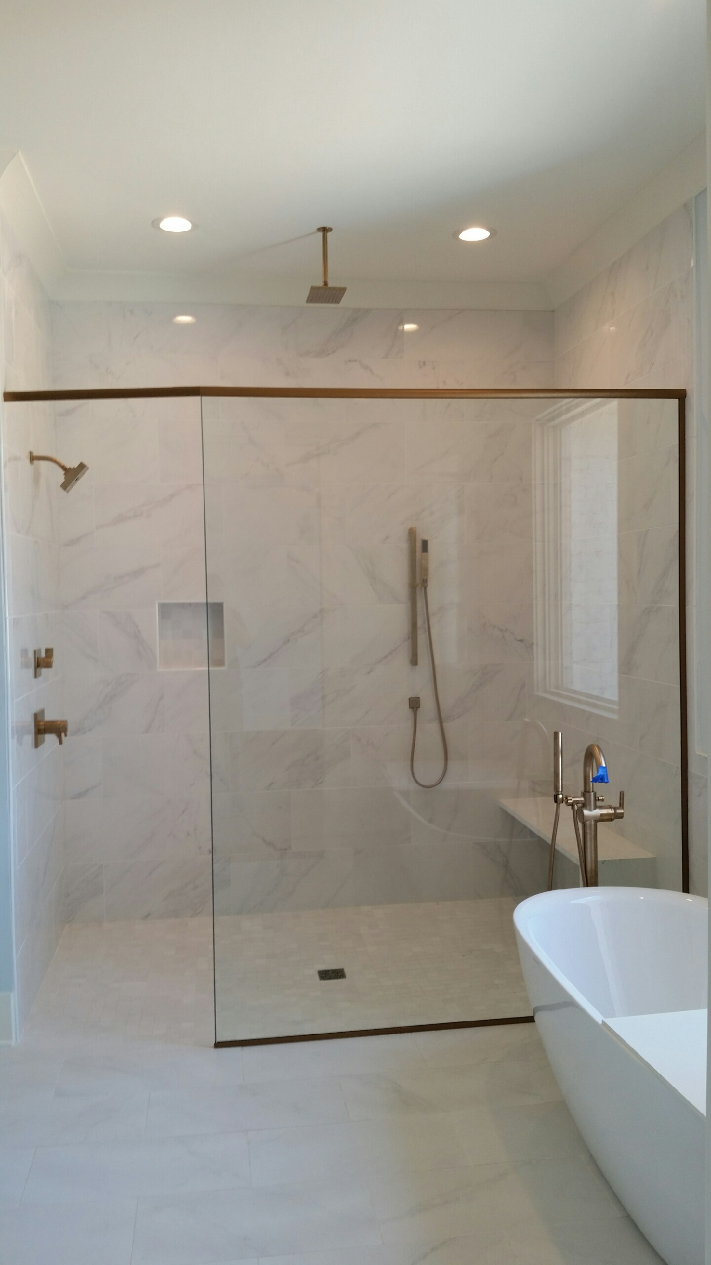 Heavy glass shower panel