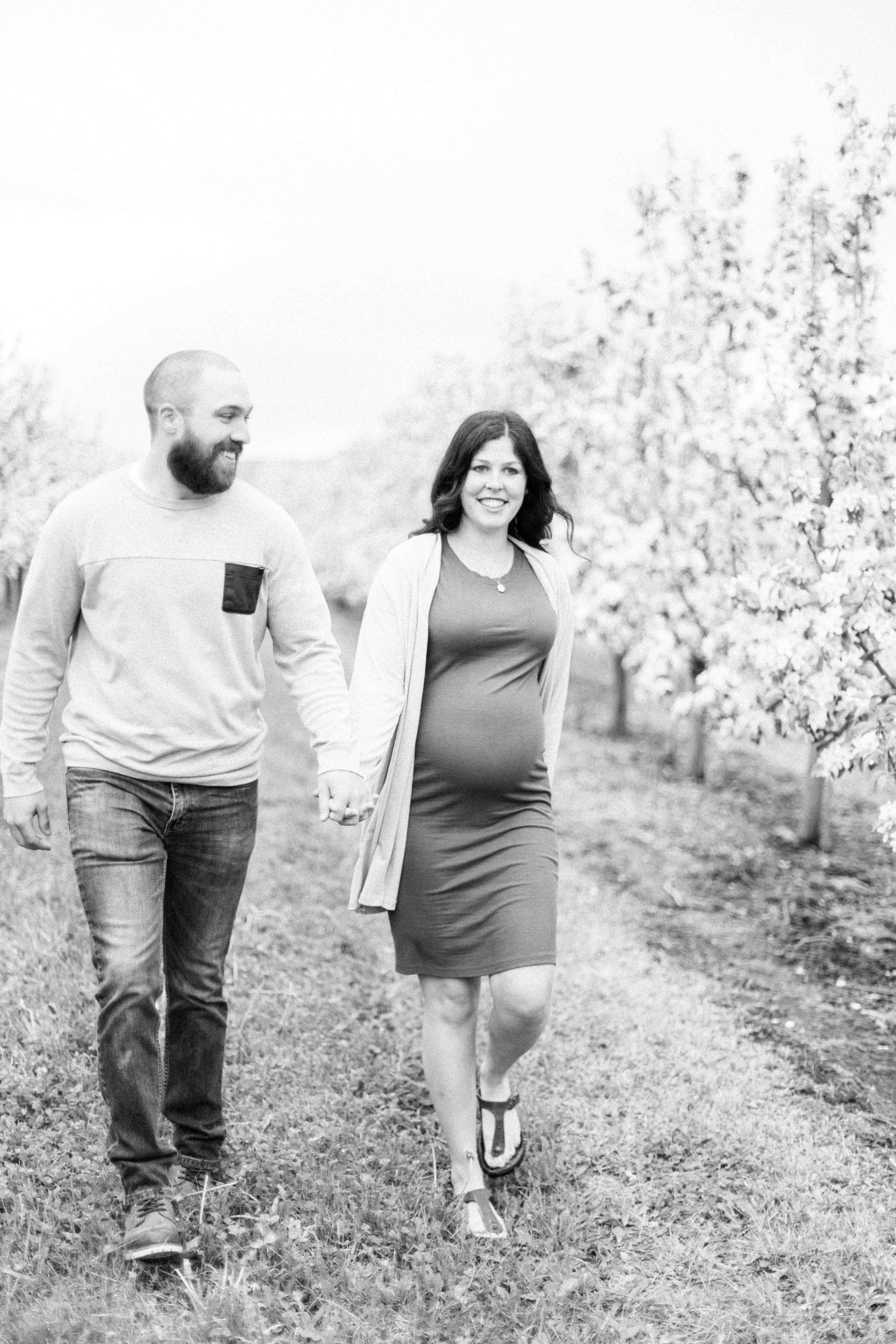 Maternity Session Nova Scotia Annapolis Valley