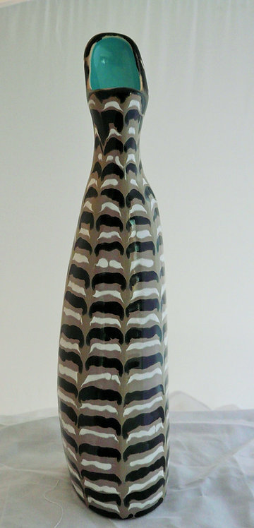 Colin Melbourne Beswick Vase