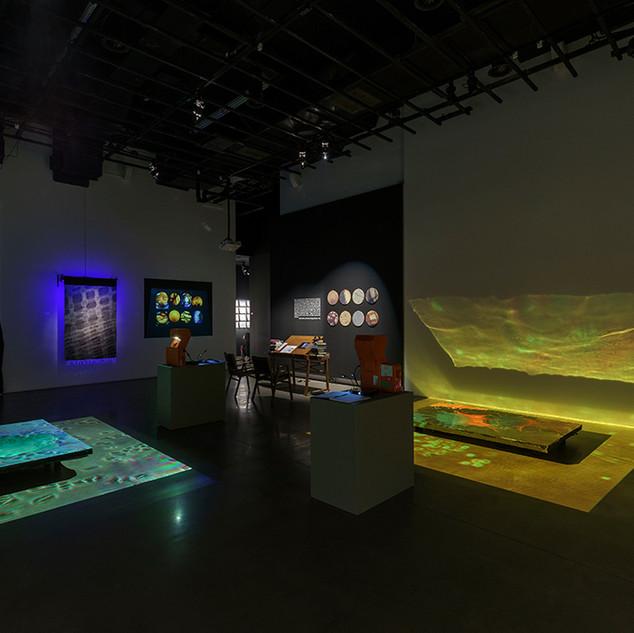 Metamaterial, Cosms I + II, Bibliographic installation