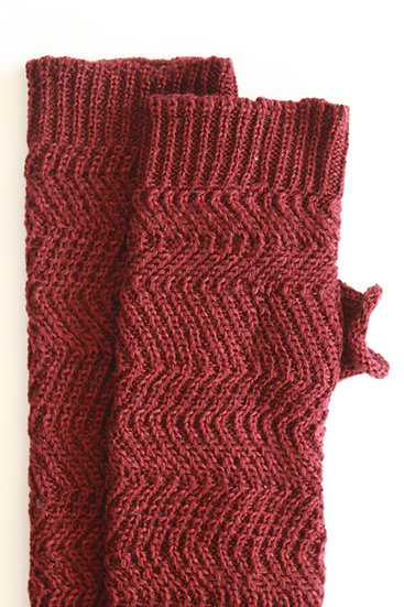 silk and merino racked hand warmers | maroon