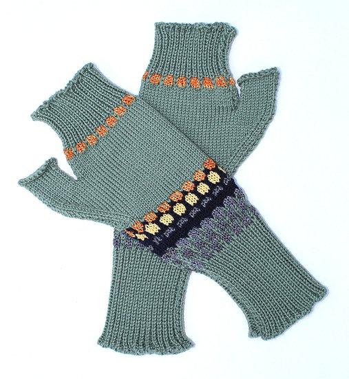 silk and merino sequenced hand warmers | spring green
