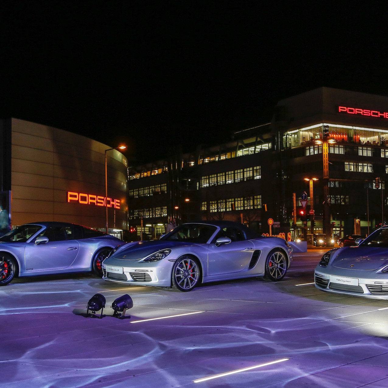 high_911_targa_4_gts_718_boxster_s_718_cayman_new_year_reception_porsche_museum_2018_porsche_ag