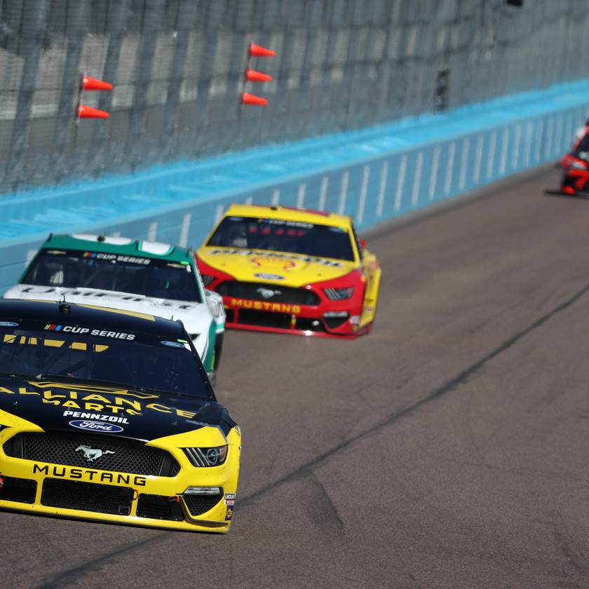 Keselowski, driver of the #2 Alliance Parts Ford, leads a pack of cars during the NASCAR Cup Series FanShield 500 at Phoenix Raceway on March 08, 2020 in Avondale, Arizona. (Photo by Chris Graythen/Getty Images)