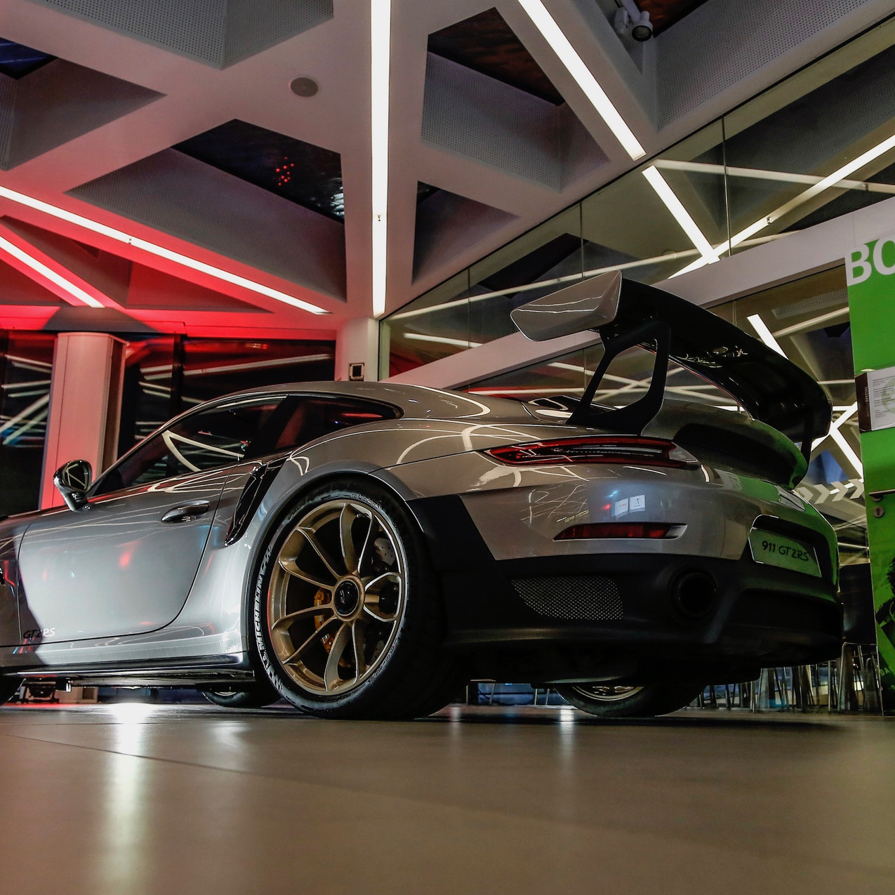 high_911_gt2_rs_new_year_reception_porsche_museum_2018_porsche_ag (1)