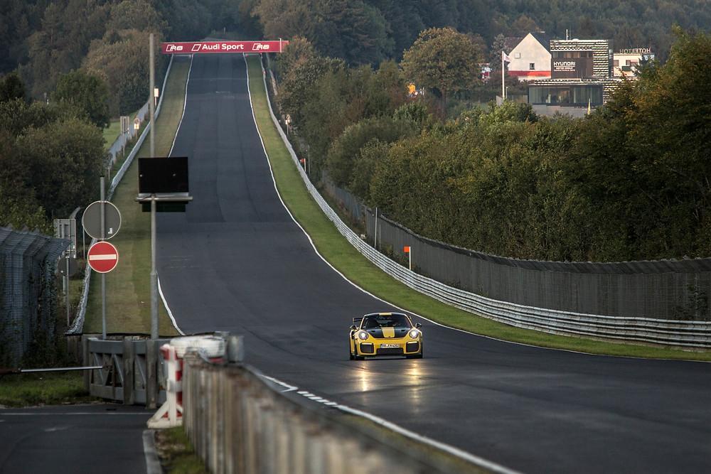 El nuevo 911 GT2 RS supera a su antecesor de 3.6 litros en 80 caballos