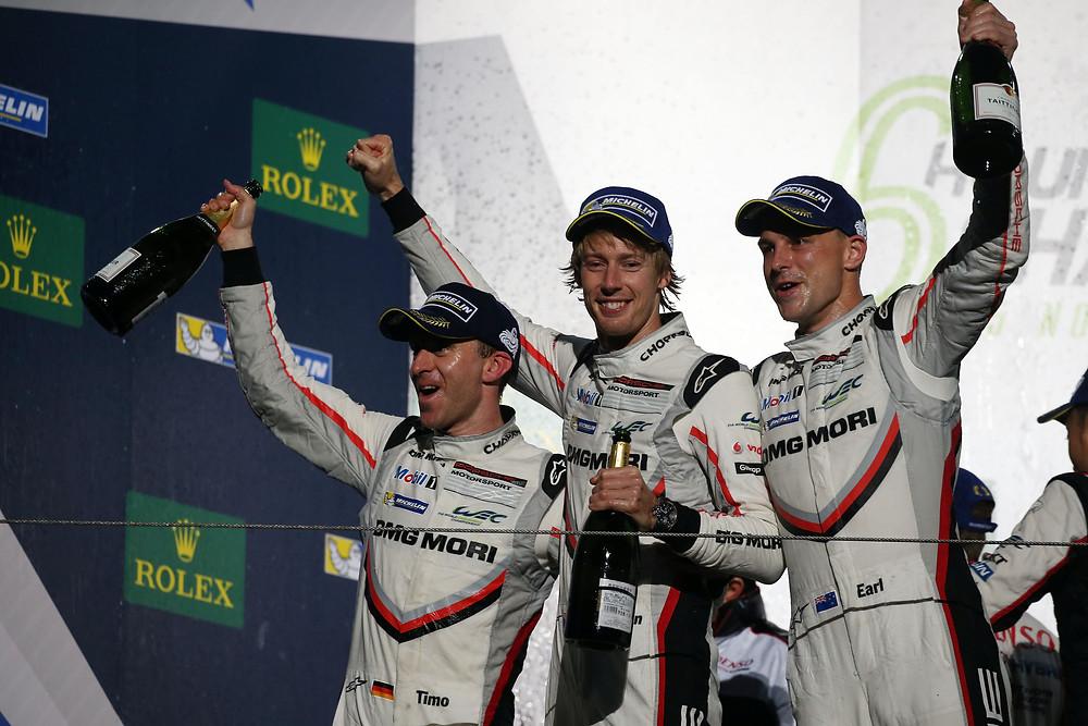 Earl Bamber (Nueva Zelanda), Timo Bernhard (Alemania) y Brendon Hartley
