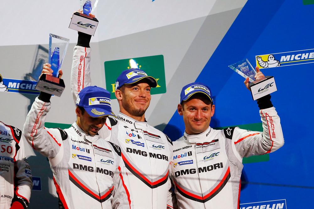 El suizo Neel Jani, el alemán André Lotterer y el británico Nick Tandy acabaron en tercera posición