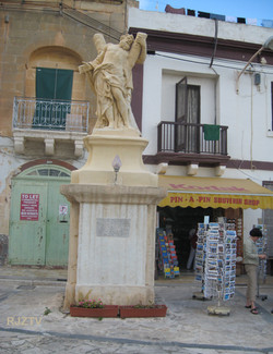 Statue of RMO