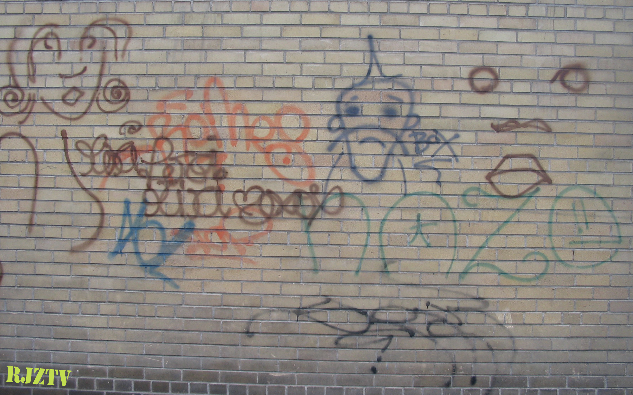 Tags on a Wall in TO