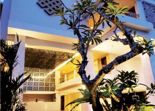 Siganture Hotel