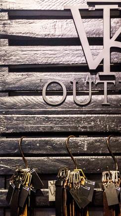 _Underline-VK_Outlet