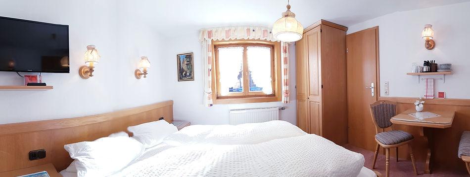 Doppelzimmer Schafalpkopf.jpg