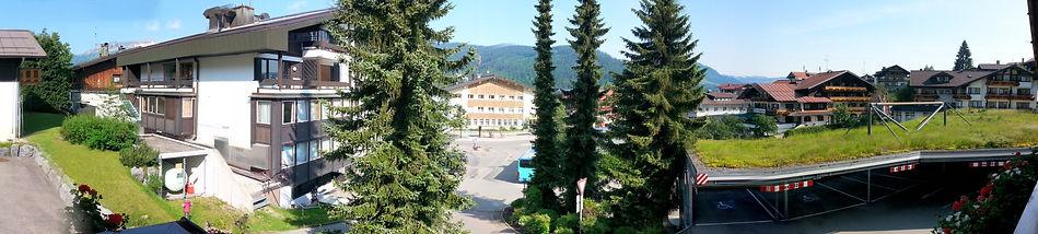 Dorfplatz Riezlern Post