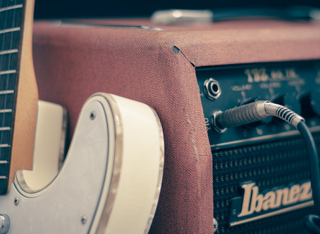 Buying a Guitar? Read this first!