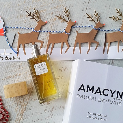 Santa brings Amacyn natural perfume and Christmas bathing rituals at The Rocks Market