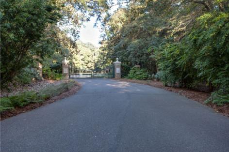 Entrance to Briars Creek