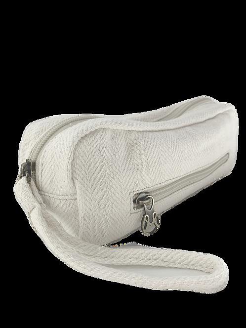 MAAJI MAKEUP BAG- WHITE WOVEN