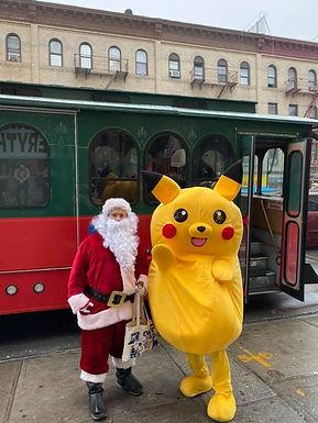 Santa&Pikachu.jpg
