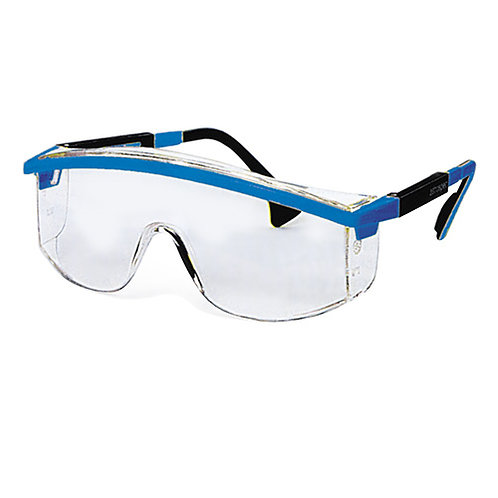 Safety goggles with side protection